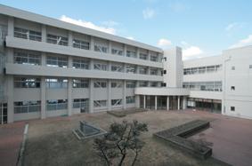 かほく市立高松中学校